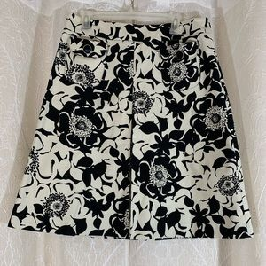 Women's Merona Black/White Flowered Skirt